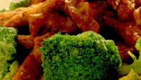 Vita cu sos si broccoli