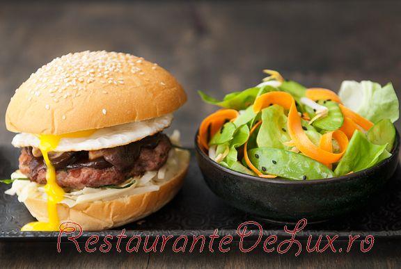 Burgeri_cu_carne_de_porc_10