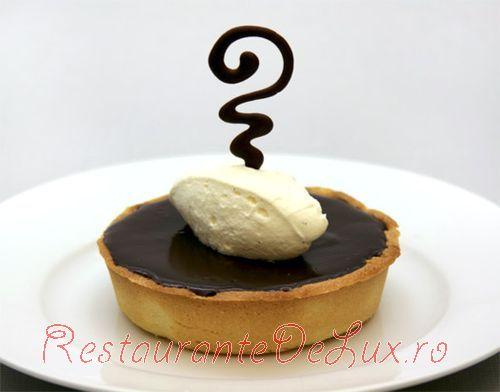 Tarta_cu_ciocolata_neagra_6