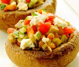 Ciuperci umplute cu legume la cuptor