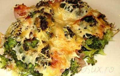 Budinca_de_broccoli_cu_sunca_si_branza_05