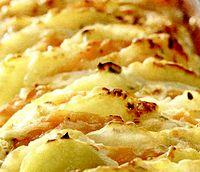 Cartofi_la_cuptor_cu_telemea_si_verdeata