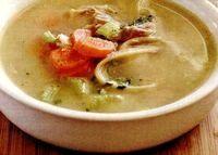 Supa de pui cu praz si perisoare de gris