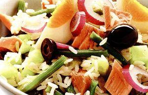 Salata_cu_ton_si_orez