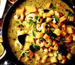 Curry_de_creveti_si_ananas