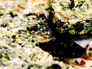 Tarta_cu_spanac_ceapa_verde_si_tofu