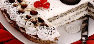 Tort_de_-mac_cu_migdale_si_scortisoara.png