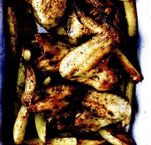 Aripioare_de_pui_cu_cartofi_la_cuptor