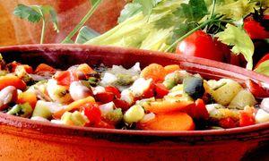 Gulas fals cu legume si boia