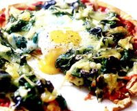 Pizza_cu_spanac_si_oua