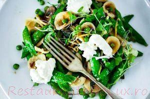 Salata_de_paste_cu_legume_si_ciuperci_08