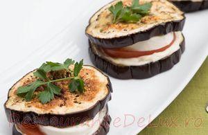 Sandwichuri_cu_vinete_mozzarella_si_rosii_08