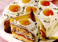 Tort_de_fructe_cu_frisca