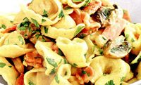 Tortellini_cu_sunca_in_sos