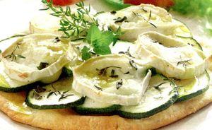 Pizza_cu_dovlecei_si_branza_de_capra