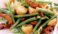 Fasole_verde_cu_vitel_si_cartofi