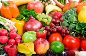 Legume şi fructe periculoase: care conţin cele mai mari cantităţi de pesticide
