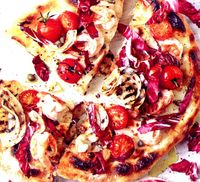 Pizza_cu_pancetta_si_mozzarella