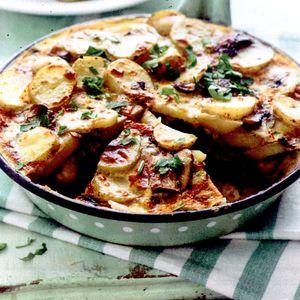 Frittata_cu_cartofi_ciuperci_si_bacon