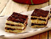 Prajitura_cu_crema_de_cacao_si_glazura_de_ciocolata
