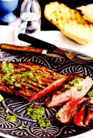 Steak_de_vita_cu_sos_chimichurri