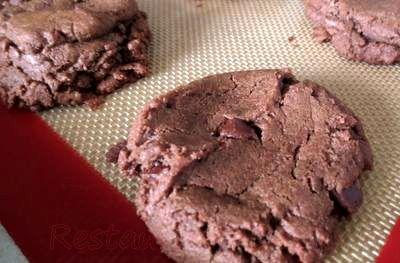 Prajiturele_cu_cacao_si_ciocolata_06