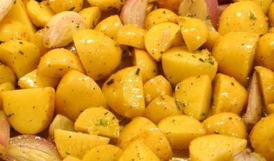Cartofi cu usturoi si praz