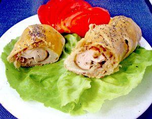 Hot_dog_cu_varza_si_ceapa