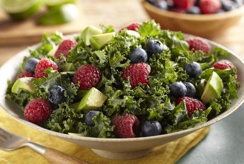 Cum se prepara Salata cu broccoli