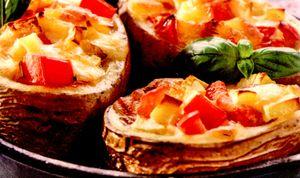 Cartofi_umpluti_cu_ardei_gras_si_cascaval