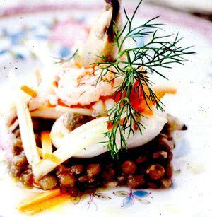 Salata_de_fructe_de_mare_cu_linte_si_rosii