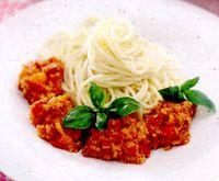 Spaghete_cu_sos_picant_de_soia_si_ardei