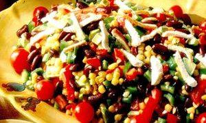 Salata_cu_avocado_porumb_si_fasole