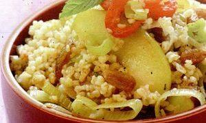 Salata_cu_bulgur_stafide_si_seminte