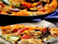 Pizza Putanesca cu ton