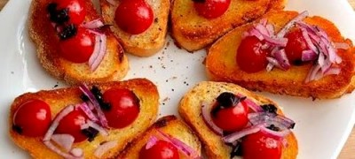 Bruschete_cu_rosii_cherry_04