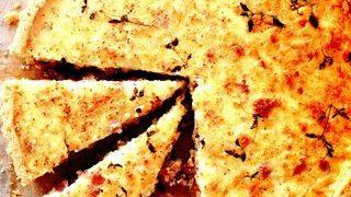 Quiche cu ceapa caramelizata, Cheddar si bacon