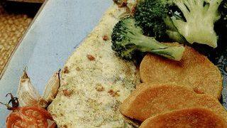 Salau cu broccoli si cartofi dulci