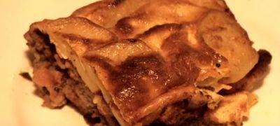Cum_se_prepara_Musaca_de_cartofi_si_carne_tocata