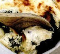 Budinca de urzici cu ceapa si cartofi