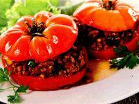 Rosii umplute cu zucchini si carne