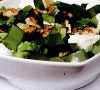 Salata cu leurda si branza de capra