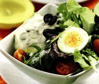 Avocado cu salata de sardine