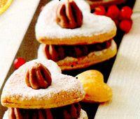 Biscuiti umpluti cu ciocolata