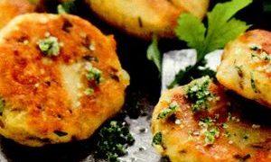Chiftele_de_cartofi_cu_branza_de_capra