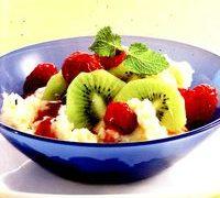 Gris cu lapte si fructe