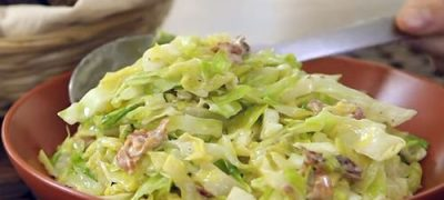 How to Make Creamed Cabbage