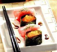 Nigiri Sushi cu ton si caviar