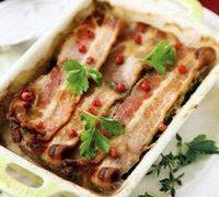 Pulpa de porc cu bacon la cuptor
