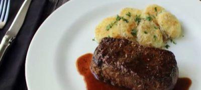How to Make Manhattan Filet Steak